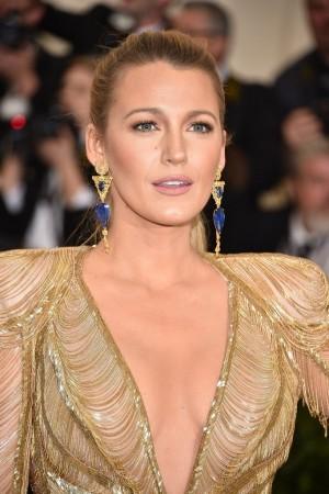 Blake-Lively-Hair-Makeup-Met-Gala-2017
