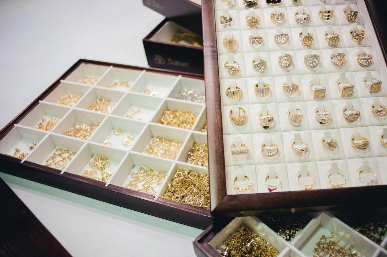 metode de curățare și lustruire a aurului - sabion